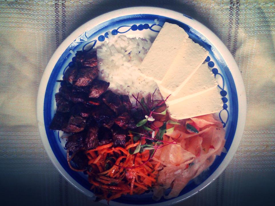 Ryż z wołowiną po koreańsku