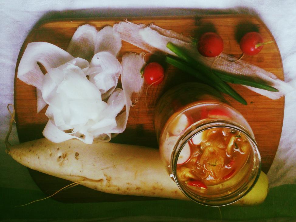 Kiszona rzodkiew typu kimchi
