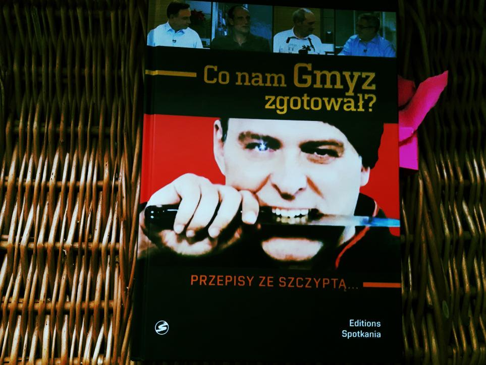 """Kuchnia i polityka? Recenzja książki """"Co nam Gmyz zgotował?"""""""