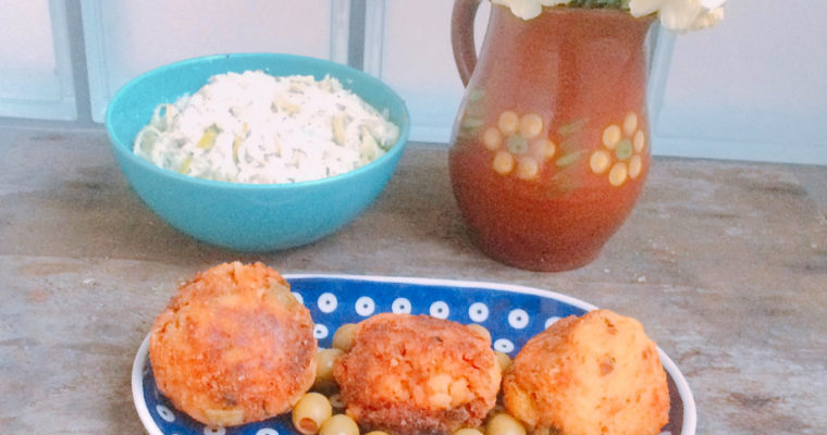 Kulki ryżowe arancini zmięsem ioliwkami