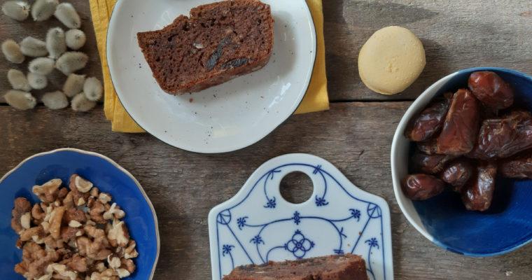 Top 5 zdrowych słodyczy na lato + przepis na pyszne ciasto daktylowe