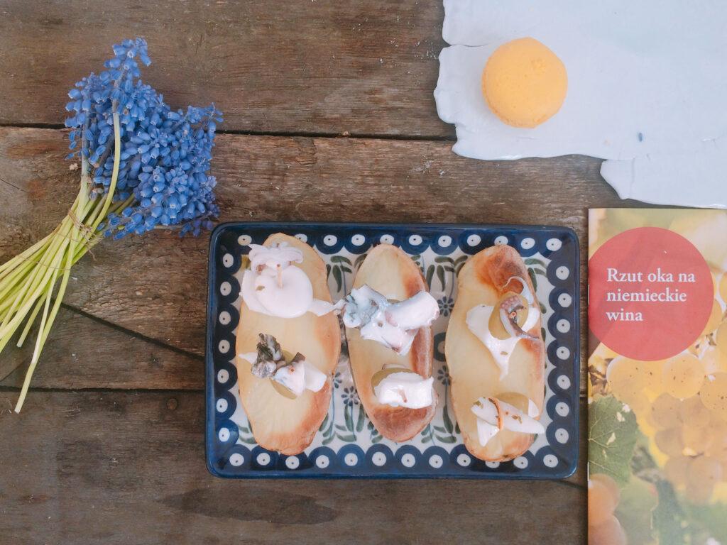 Koreczki z ośmiornicy z ziemniakami i oliwkami