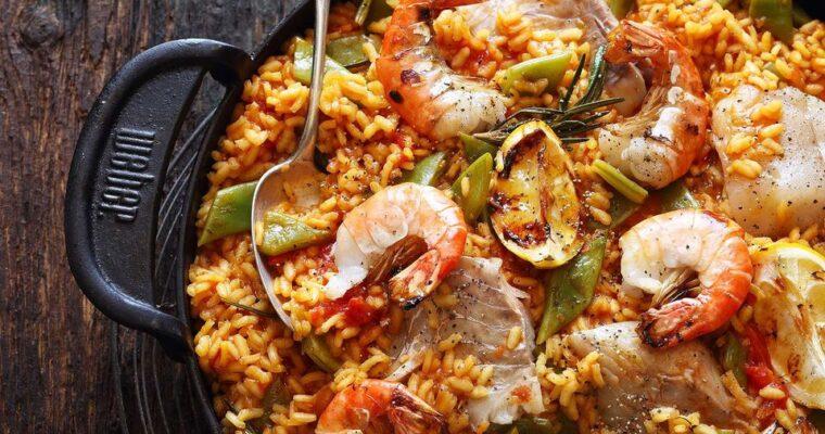 Paella zgrilla – zobacz, jak ją przygotować